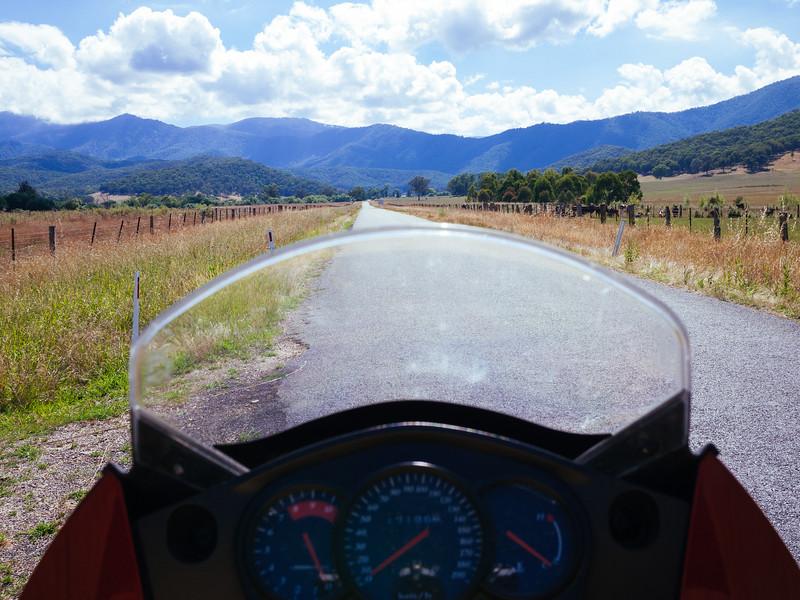 Start of the road from (near) Khancoban to  Kiandra, NSW.
