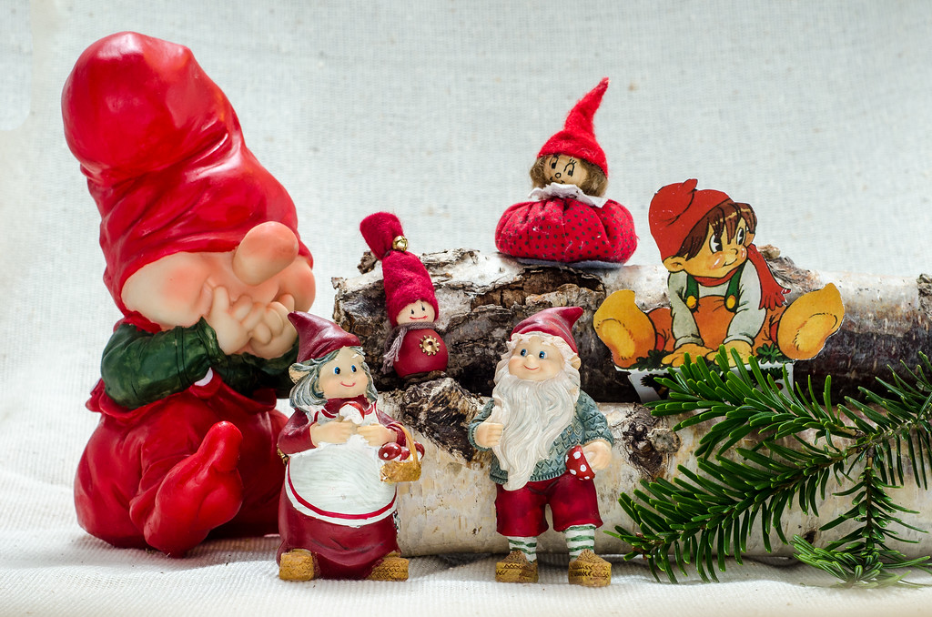 Elves and gnomes in all shapes and sizes!