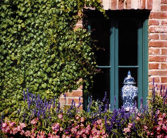 <center><h2>'Winery Window'</h2>  Napa, California</center>
