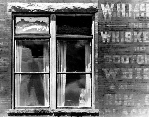"<center><h2>""Wiskey Window</h2> Cripple Creek, Co</center>"