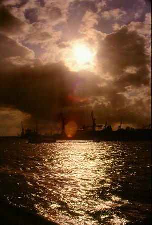 <center><h2>'Harbor Sunset'  </h2> Hamburg, Germany</center>