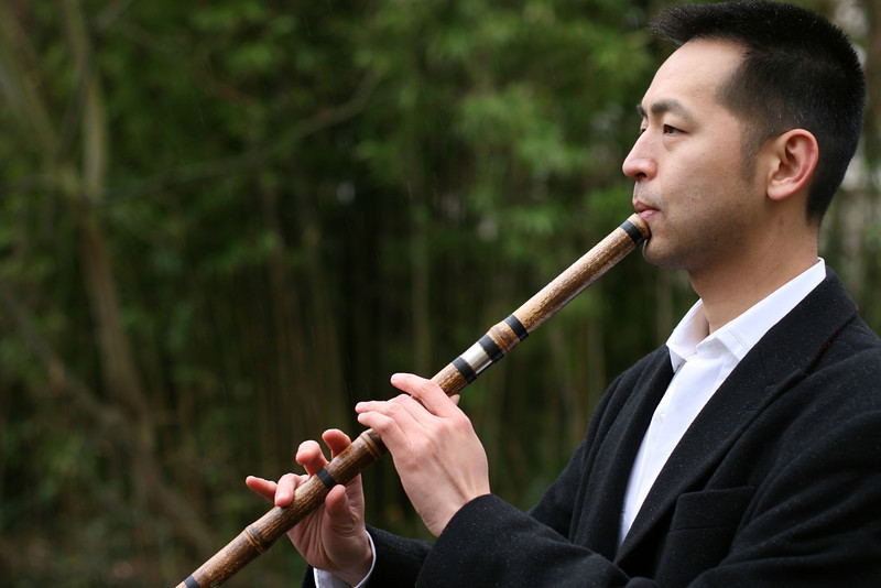 Dennis Kwong Thye Lee playing the Xiao