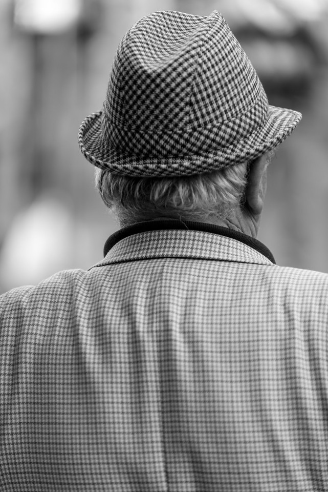 Naples Ercolano Houndstooth Hat Man