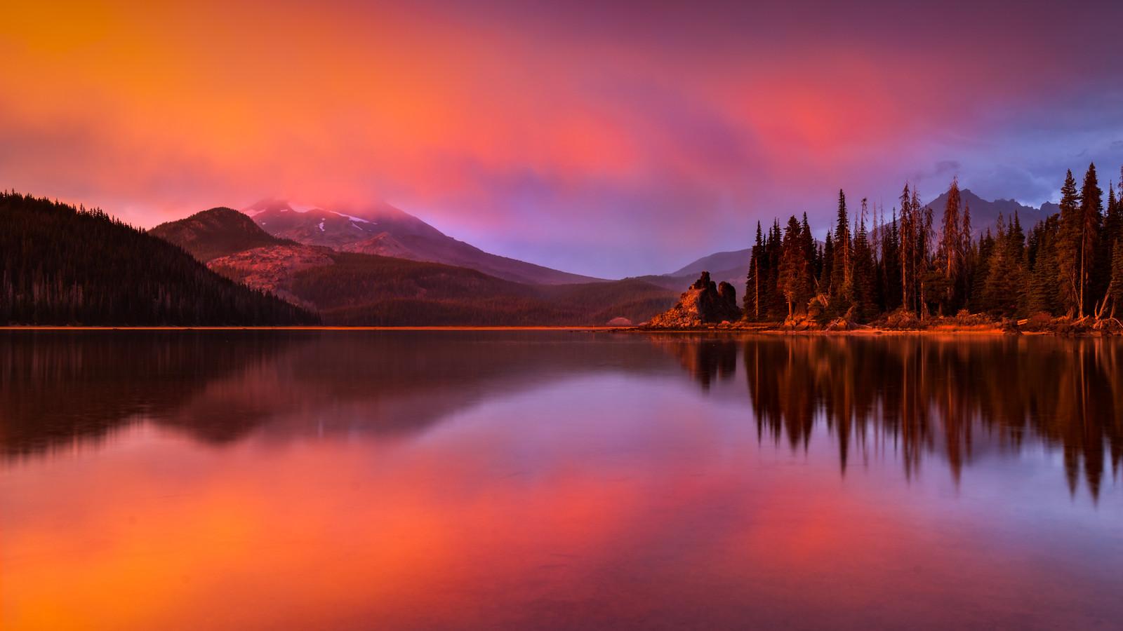 Sparks Lake Storm