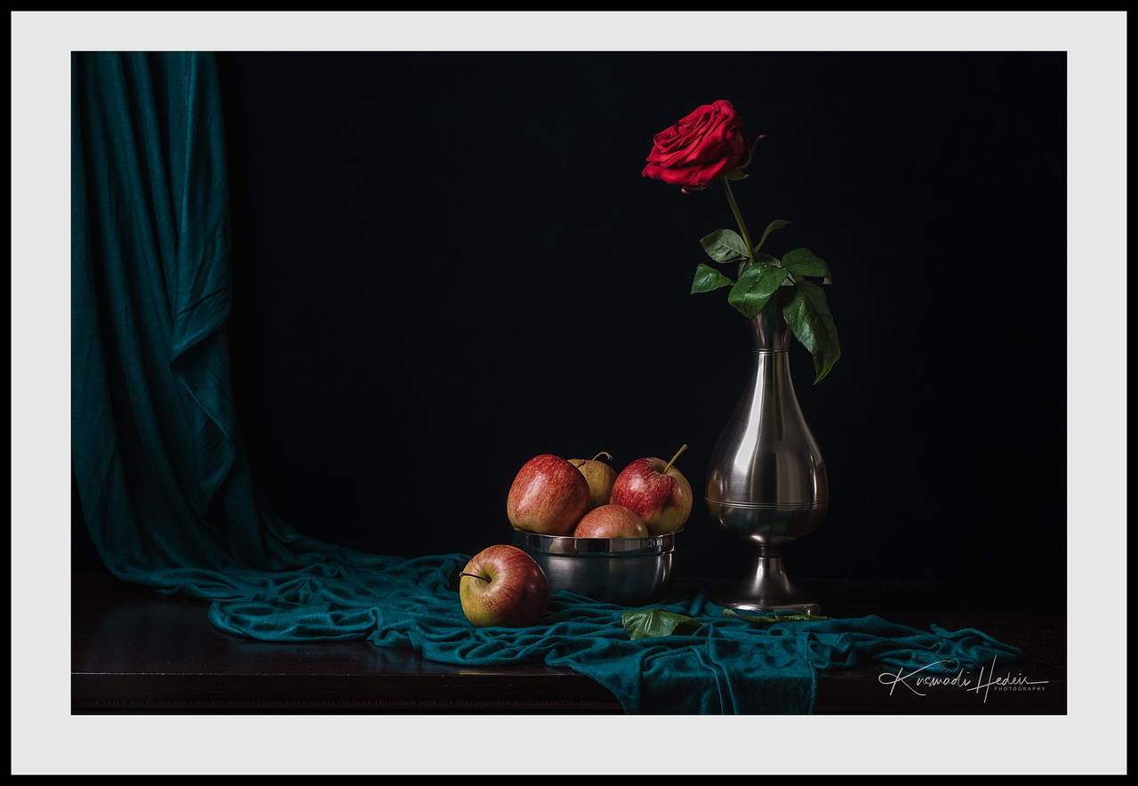 Red Rose and Apples