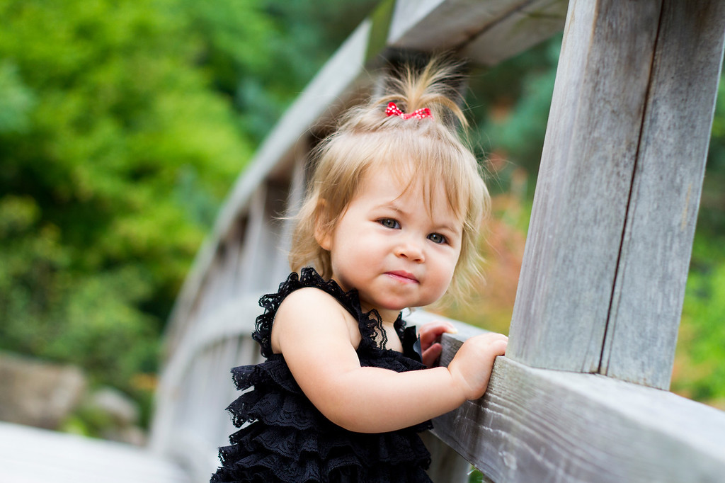 Anderson Garden's children's photo session copyrighted by laruecherie photography