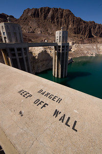 Lake Mead side - still an obvious observation...