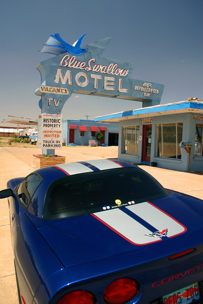 Reds Z06 at the Blue Swallow Motel - Tucumcari, New Mexico