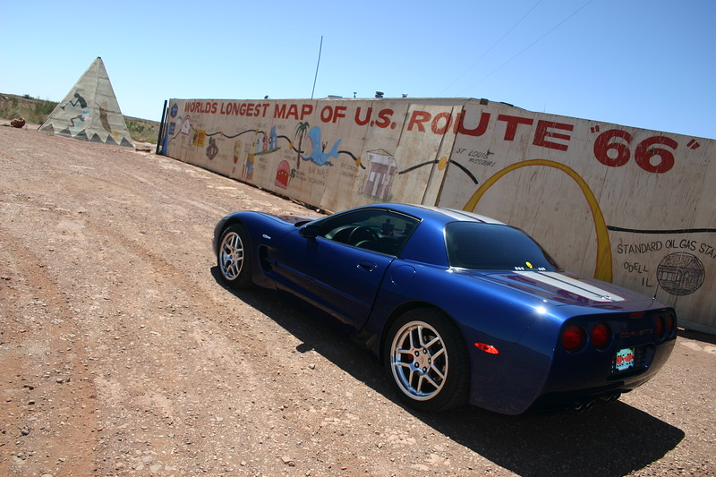 "Reds Z06 at ""World's Longest Map of Route 66"" - Meteor City Trading Post - Meteor City, Arizona"