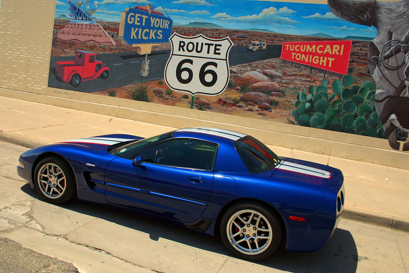 Reds Z06 at the Legendary Road Mural - Route 66 - Tucumcari, New Mexico