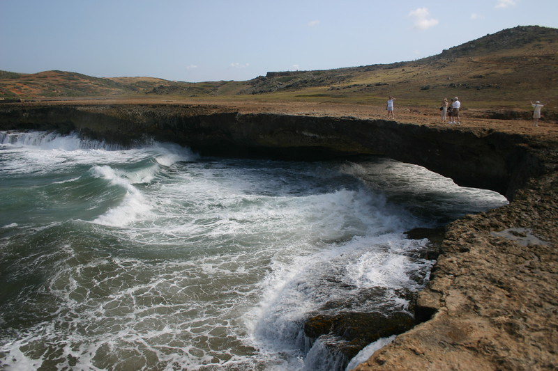 Aruba's Natural Bridge March 2005 - Collapsed later that year.