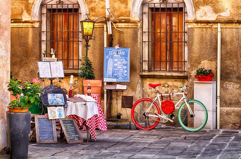 That's Italian...  Pisa.