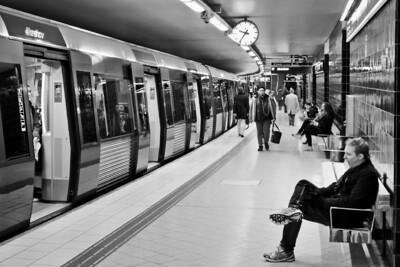 Subway in Evening / Вечером в метро