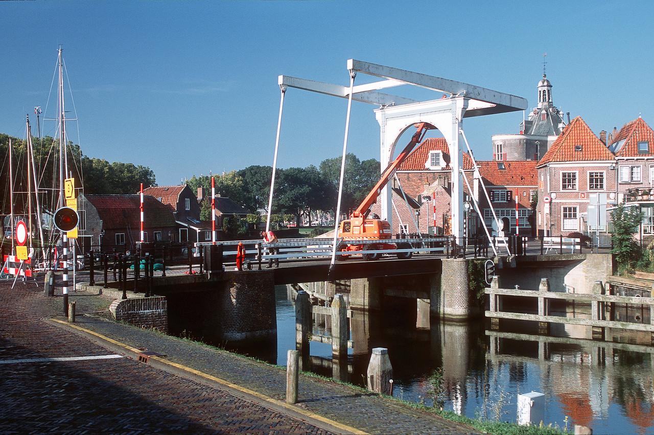 Bridge between Wierdijk и Oosterhavenstraat. Enkhuizen, The Netherlands