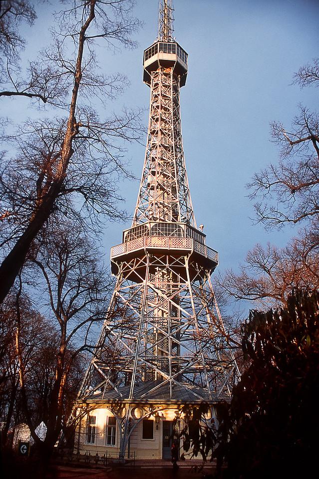 Эйфелева башня в Праге / Eiffel Tower in Prague