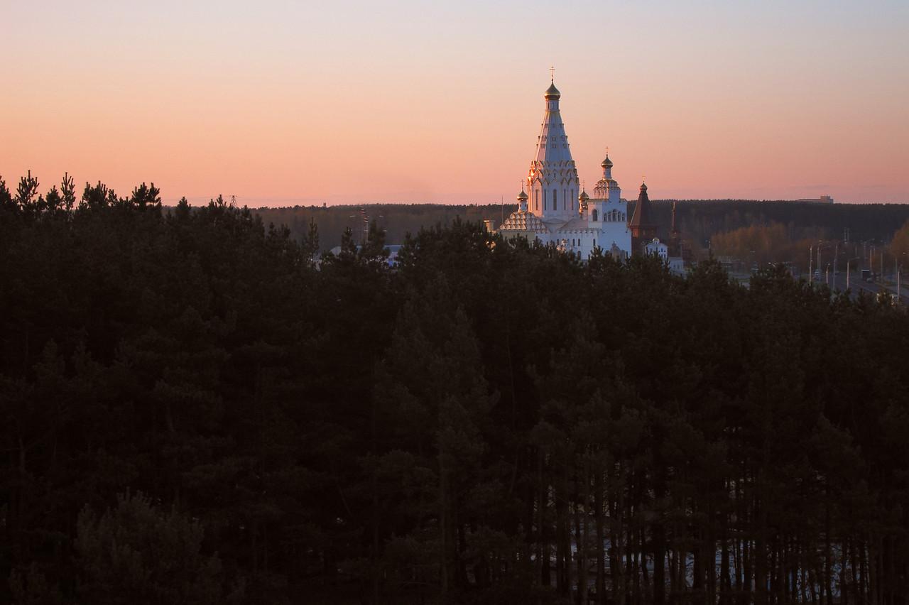 Вид на Храм Всех Святых в Минске