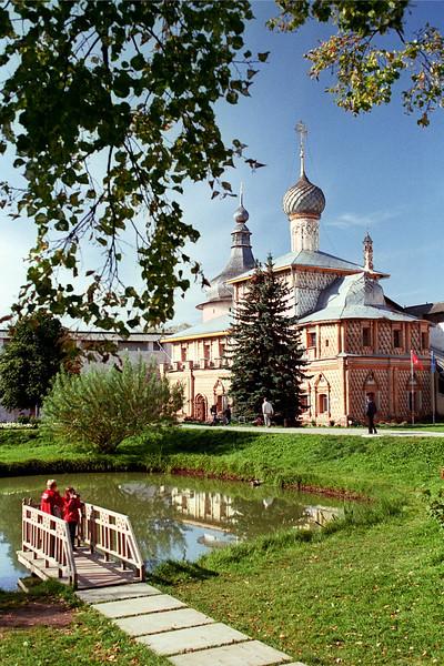 Церковь Одигитрии в Ростовском кремле