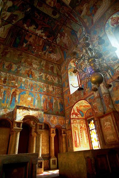 В одной из церквей Кремля. Ростов Великий