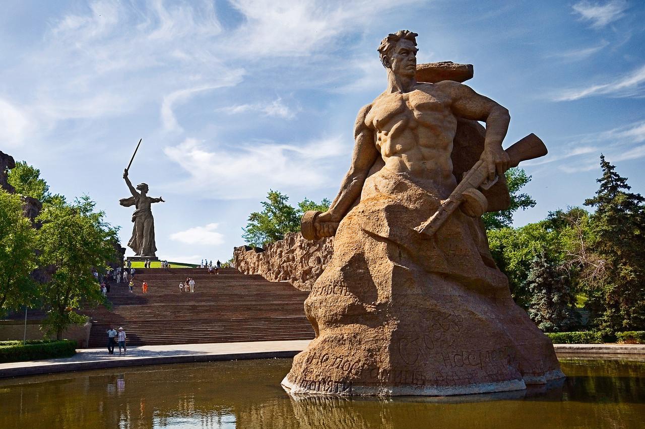 Волгоград, памятник солдату на Мамаевом кургане