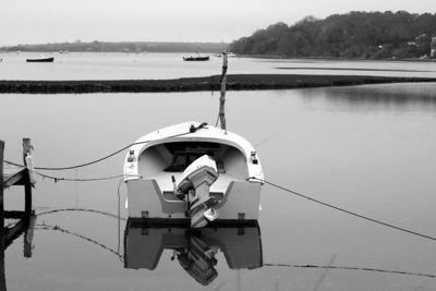 Boats & Buoys