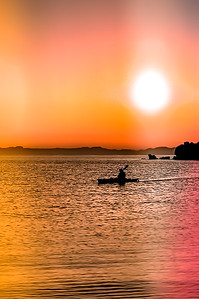 Sea Kayaking at sunset on Isla Espíritu Santo