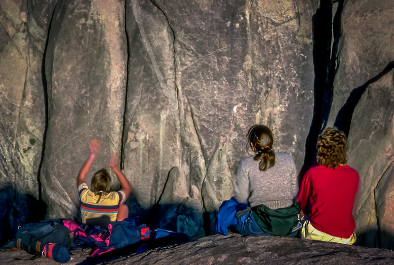 The Gallery Cheers for rock climbers at Cañón Tajo