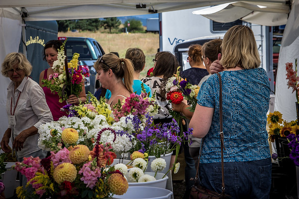 Fresh Flowers at the Liberty Lake Farmers Market