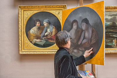 Painter in Louvre