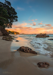 Hahei Beach (NZ) Sunrise