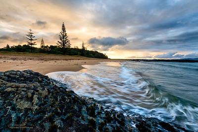 Cable Bay Beach (NZ) Sunset