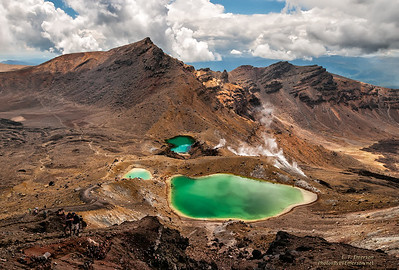 Emerald Lakes in Tongoriro NP, NZ