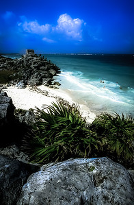 Oceanside Mayan Ruins at Tulum, Quintana Roo, Mexico