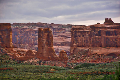 Arches Valley-Edit-2