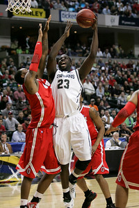 Draymond Green scored 12 points and pulled down 9 rebounds against Ohio State.