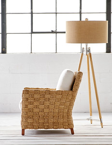 41_Spa_occasional_chair_with_Straton_Tripod_Lamp_0033_MED