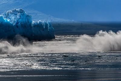 Alaskan Glaciers Breaking 8