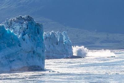 Alaskan Glaciers Breaking  2