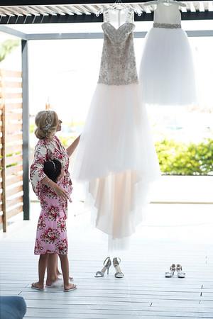Getting Ready | Alex & Kristi Parascandolo Wedding