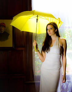 Third shot with a yellow umbrella motif!