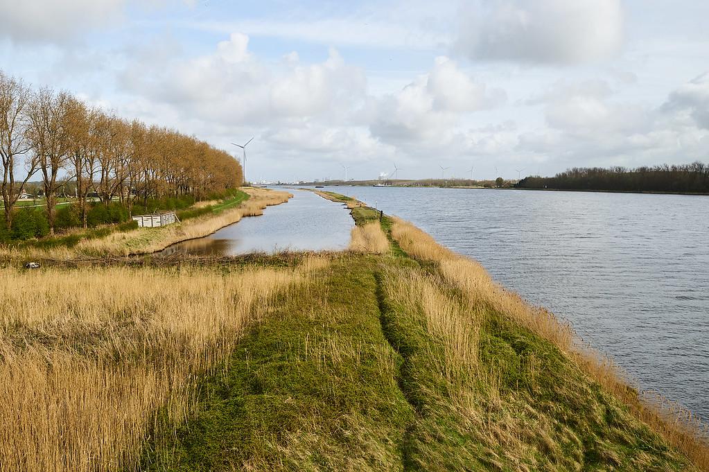Jaarverslag Rijkswaterstaat 2016 KRW. Natuurherstel Noorzeekanaal.