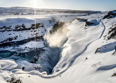 Der Wasserfall Gullfoss im Winter