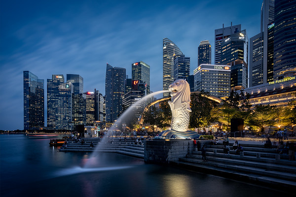 Merlion mit Skyline