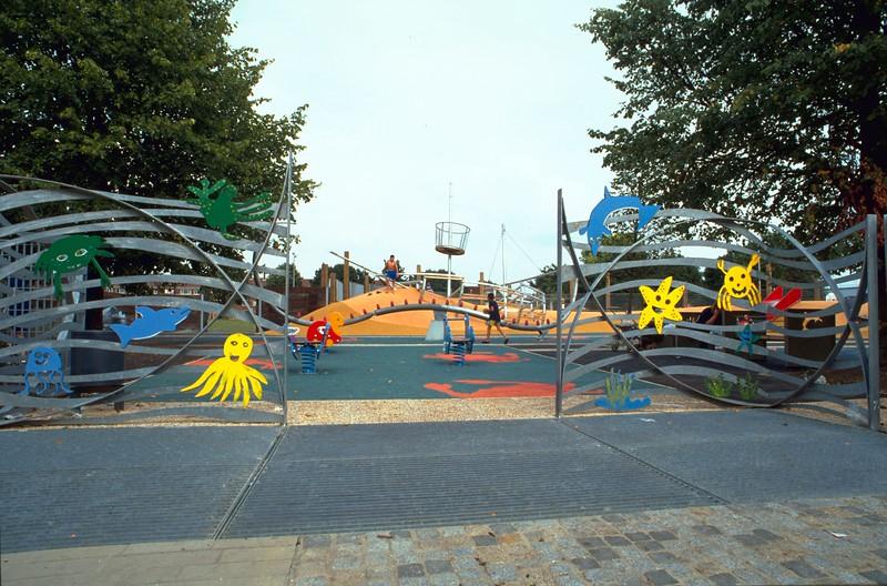 park entrance hr