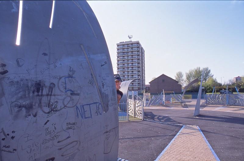 portal 4 + graffiti