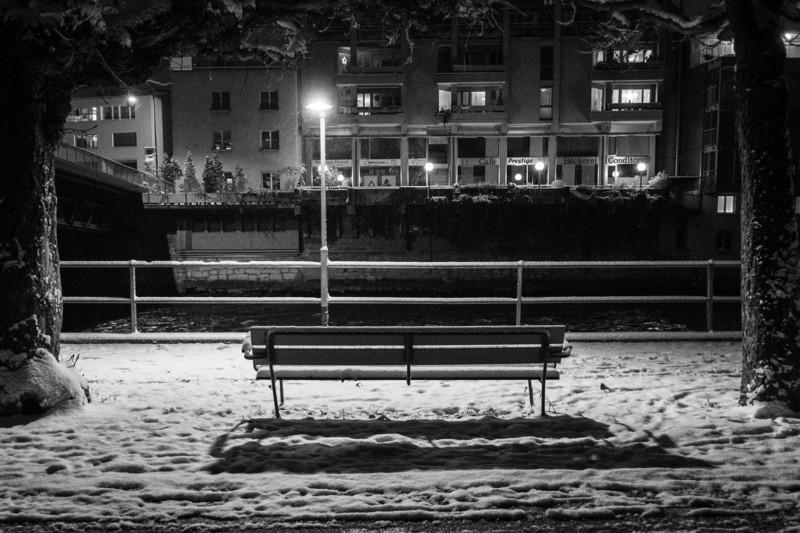 Snow Bench 2