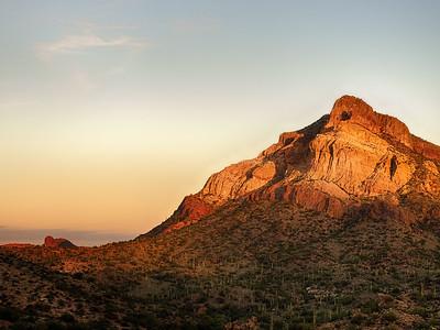 Golden Cliffs Goldfield Mountains