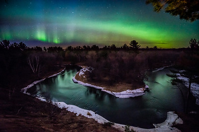 Sunrise Bend Aurora