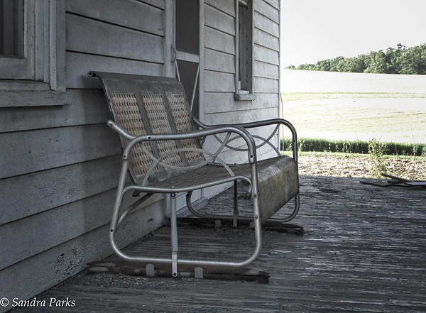 5-19-15: abandoned glider,  on Coakley Town
