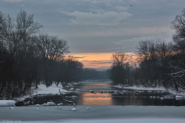 2-22-15: the sun rises over Wildwood