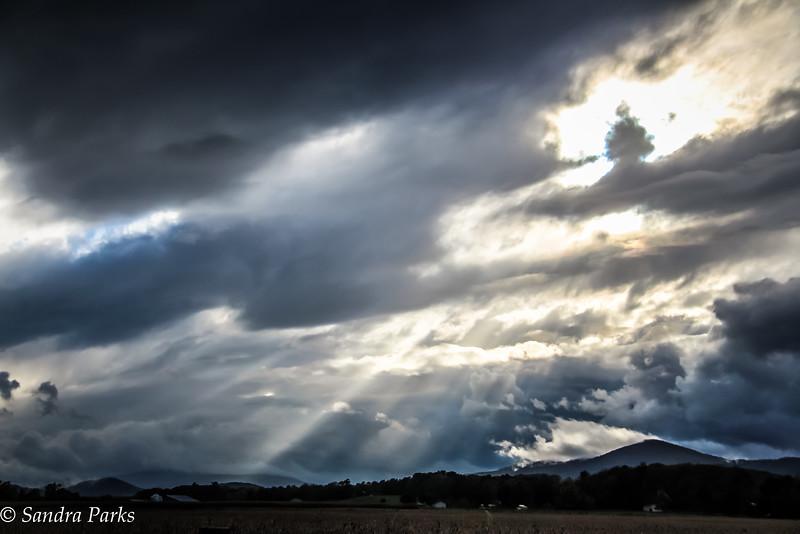 10-21-16: October sky